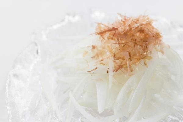 津和地島民が毎日食べるスライスオニオン